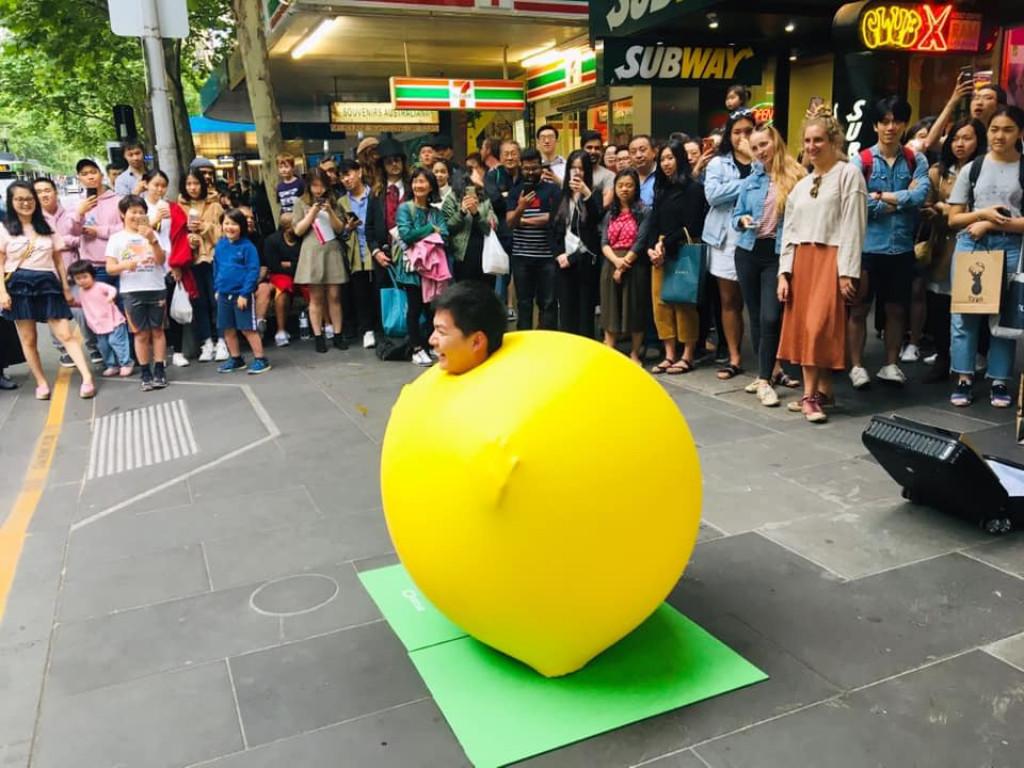 我是來自台灣的氣球人!向世界打招呼。