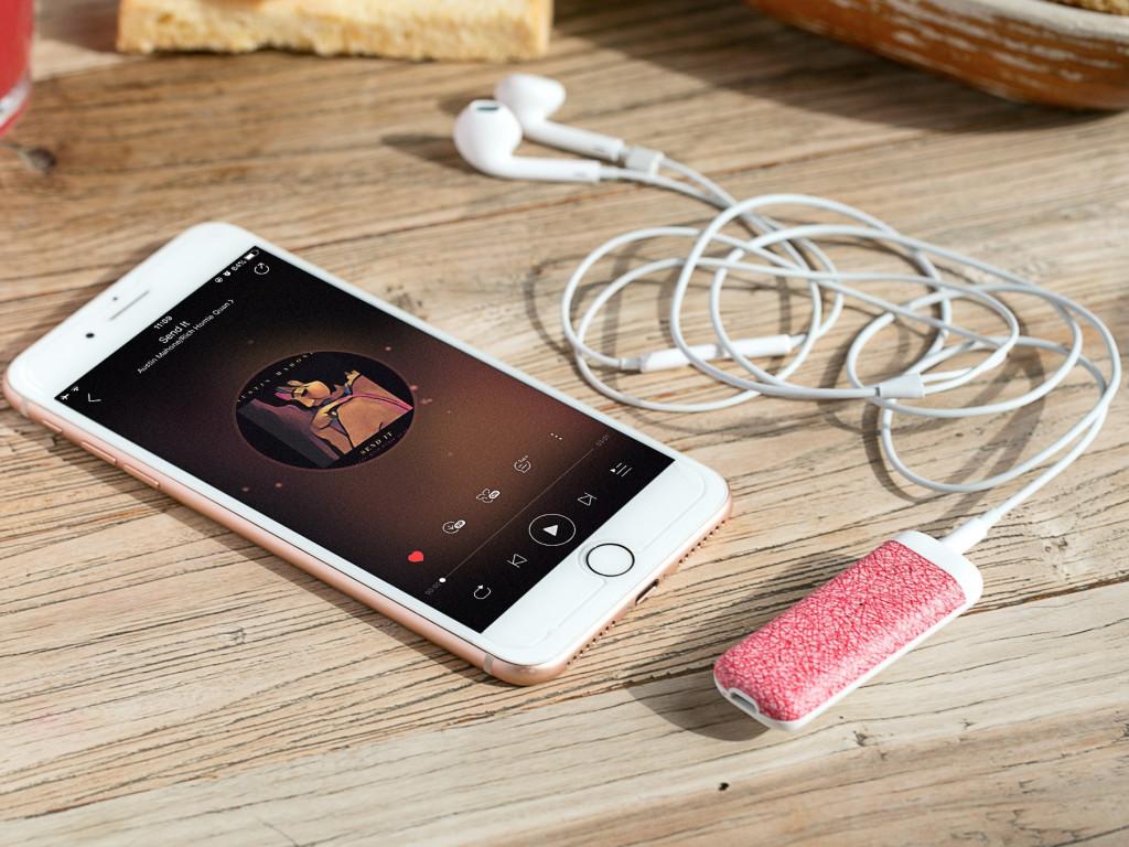 CP 值最高的音質提升小物 - BassBand便攜藍牙重低音處理耳放