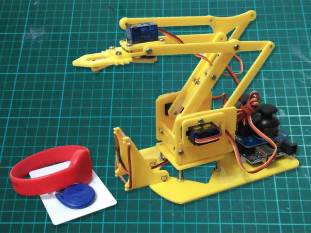 機械手臂 工業4.0