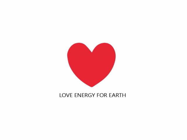 傳遞愛的正能量給地球---愛心地球T恤