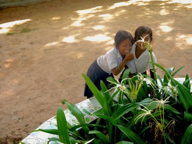 柬埔寨孤兒院募款:勇敢去冒險